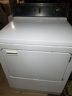 MAYTAG 220V ELECTRIC DRYER for Sale in Waterbury, CT