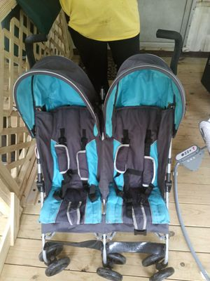 Double Stroller for Sale in Piedmont, SC