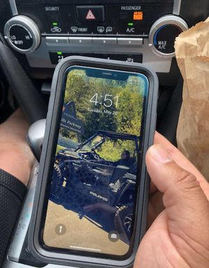 iPhone 11 for Sale in Middletown, NY