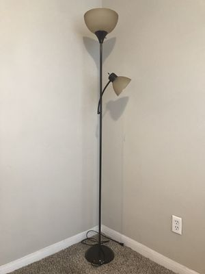 """72"""" Combo Floor Lamp With Adjustable Reading Lamp for Sale in Houston, TX"""