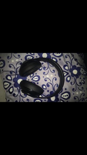 Black Wireless Beats Studios Almost Brand New Used 2x!!! for Sale in Camp Springs, MD