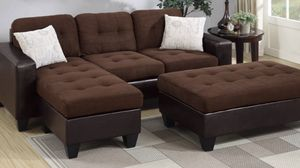 Chocalate rev mini sectional wth ottoman 🎈🎈🎈🎈 for Sale in Fresno, CA