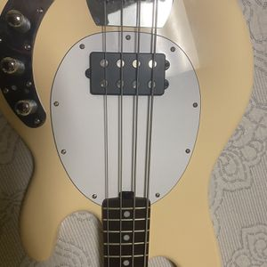 Sterling Stingray Bass By Misicman for Sale in Chicago, IL