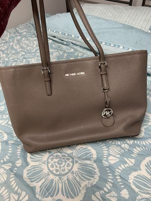 Michael kors tote bag for Sale in Melville, NY