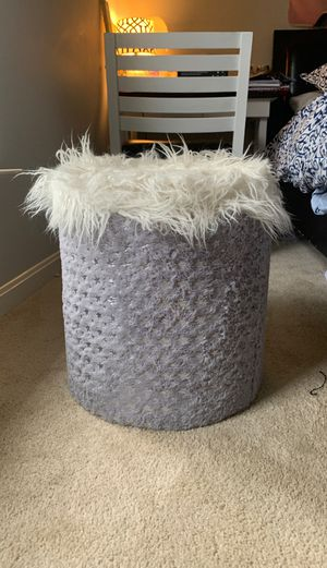 Grey and silver home goods ottoman/ storage container for girls for Sale in Ashburn, VA
