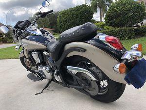 Motorcycle Kawasaki Vulcan 900 for Sale in Highland Beach, FL
