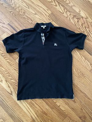 MENS BLACK BURBERRY SHIRT for Sale in Maple Heights, OH