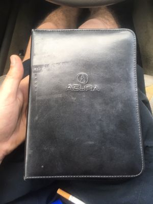 GENUINE ACURA RSX (02-04) OWNERS MANUAL W/ EXTRAS for Sale in Wichita, KS