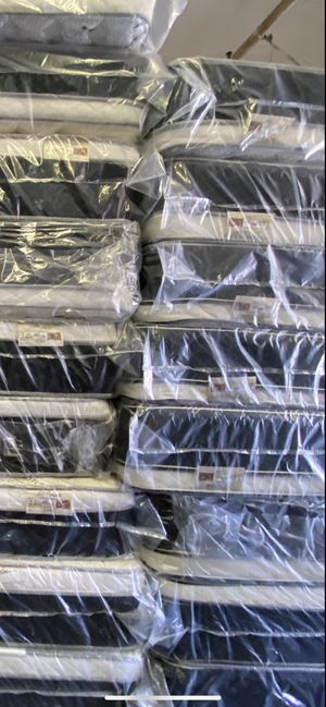 Mattress and box springs for Sale in Los Angeles, CA