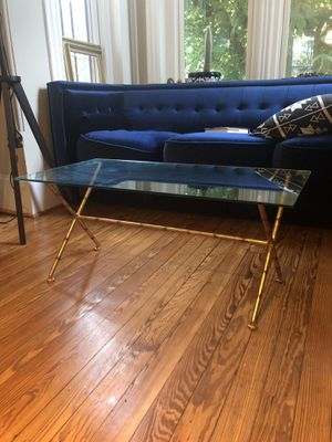 Small glass coffee table for Sale in Washington, DC