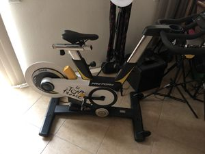 Pro Form Tour de France exercise spin bike for Sale in Claremont, CA
