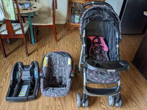 Graco stroller with car seat for Sale in Charlotte, NC
