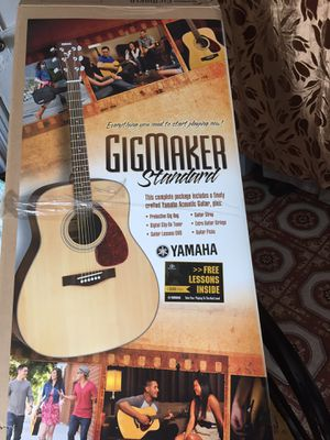 Yamaha Guitar for Sale in Queens, NY
