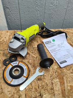 Ryobi 6.5Amp 4.5 in. Corded Angle Grinder for Sale in Snohomish,  WA
