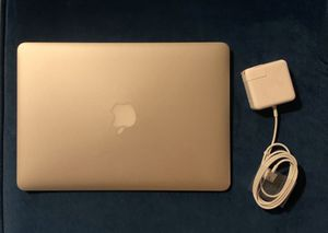 "Like new 2015 MacBook Air 13""1.6 Ghz i5,8 Gb Ram,128 GB SSD for Sale in Chicago, IL"