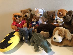 Variety of stuffed animals for Sale in Austin, TX