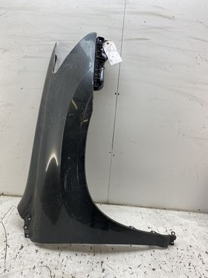 For 2004 2005 2006 Lexus rx350 rx450 rx330 rx450h front right passenger front fender 2 for Sale in Chino Hills, CA