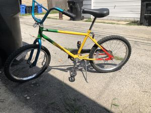 Huffy kids bike for Sale in Chicago, IL