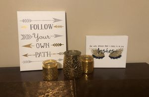5 piece room decor for Sale in Clermont, FL