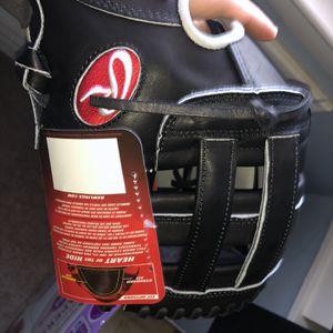 Baseball Glove 11.75 Heart Of The Hide for Sale in Beltsville, MD