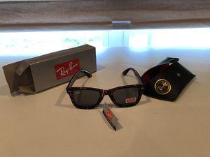 Ray-Ban Leopard women Sunglasses for Sale in Belvedere, SC
