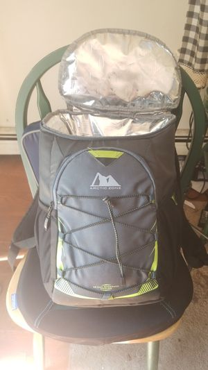 arctic zone back pack for Sale in Weymouth, MA
