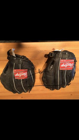 Rawlings Baseball Gloves for Sale in San Diego, CA