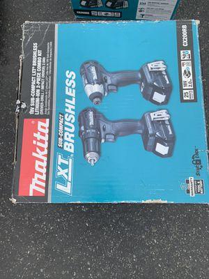 Makita power tool set for Sale in Bloomington, CA