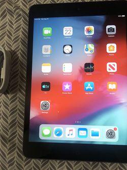 Apple Ipad Mini 2 16gb Wifi for Sale in Houston,  TX