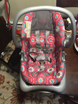 Baby car seat for Sale in Newark, OH