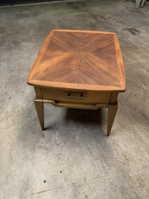 Vintage wood end table for Sale in Upland, CA