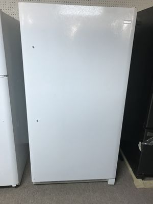 New Frigidaire stand up freezer 17.3 cubic feet for Sale in Houston, TX
