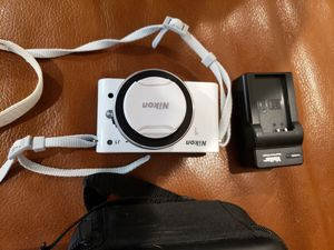 Nikon 1 J1 digital camera for Sale in Henderson, NV