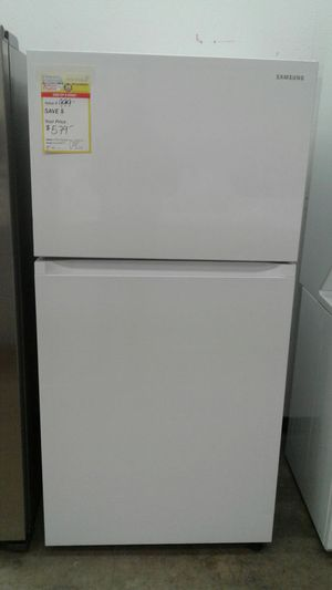 New out of box Samsung top mount Refrigerator for Sale in Denver, CO