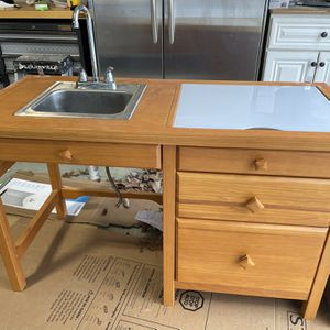 Small Sink & Cabinet for Sale in Front Royal, VA