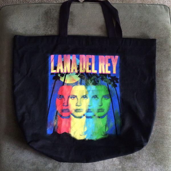 Lana del Rey Endless Summer Tour Bundle