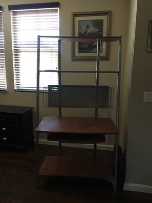Desktop desk for Sale in Victorville, CA
