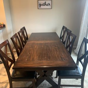 Dining Set With 8 Chairs!! Must Go $450 OBO for Sale in Issaquah, WA