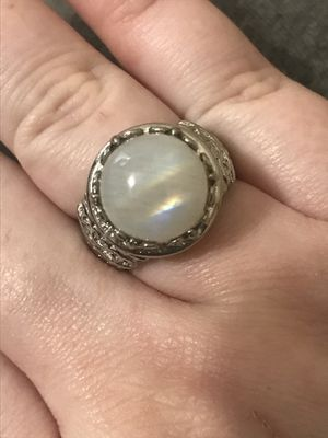 Real rainbow moonstone size 7 for Sale in Ford, KY