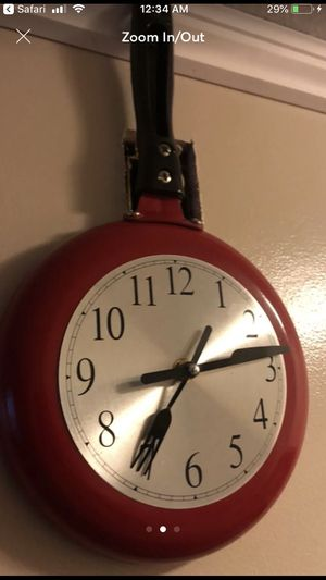 Clock shaped as a frying pan for Sale in Hazelwood, MO