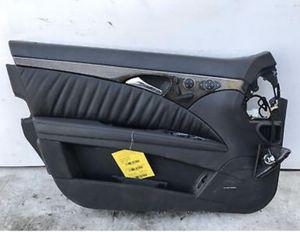 Mercedes Benz Door Panel (Driver Side) for Sale in Queens, NY