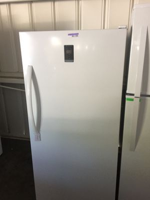 Insignia stand up freezer for Sale in San Luis Obispo, CA