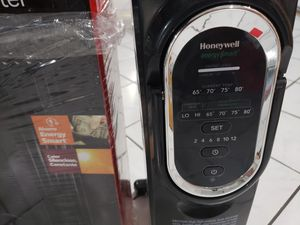 Honeywell radiator heater for Sale in Chicago, IL