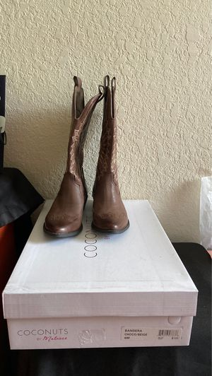 Boots for Sale in Gibsonton, FL