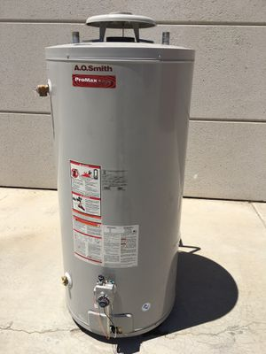 75 gallon water heater for Sale in Perris, CA