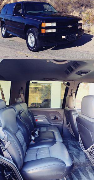 Great Shape.2000 Chevrolet_Tahoe Limited 4WDWheels_$1600_ for Sale in Fresno, CA
