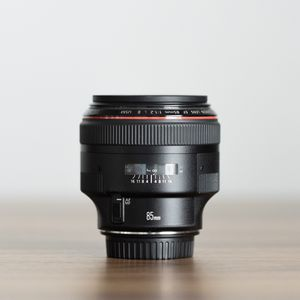 Canon 85mm f/1.2 L II for Sale in Los Angeles, CA