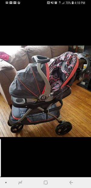 Stroller and car seat for Sale in Cleveland, OH