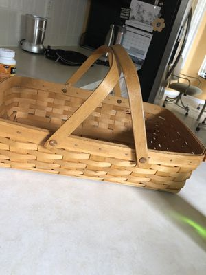 Longaberger basket for Sale in Spring Hill, FL