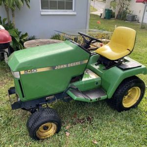 John Deere 240 tractor for parts or repair $200 for everything for Sale in Palm Harbor, FL